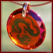 Drachen-Medaillon diamant