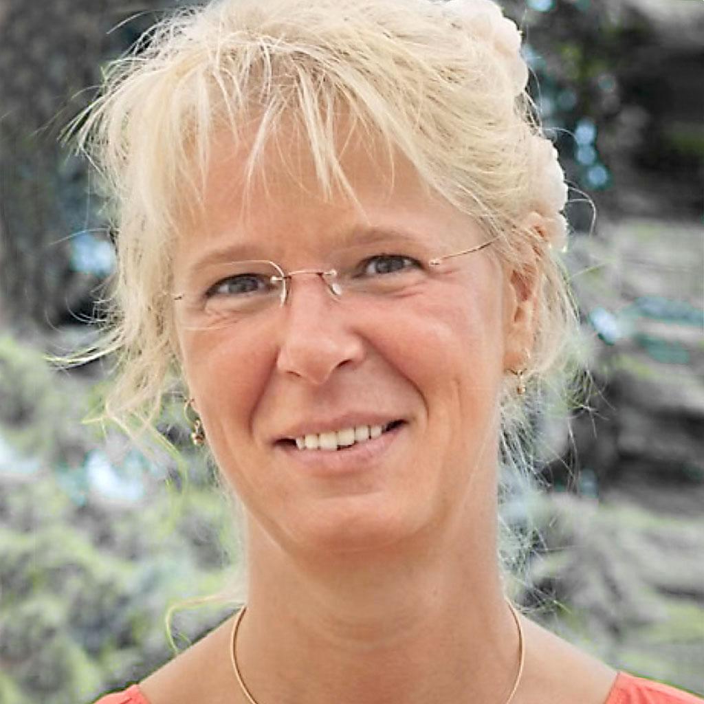 Karin Dokters